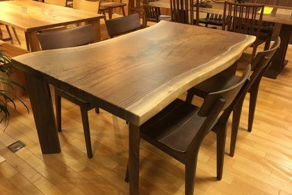 ブラックウォールナット 一枚板テーブル(北米産/四本脚付)