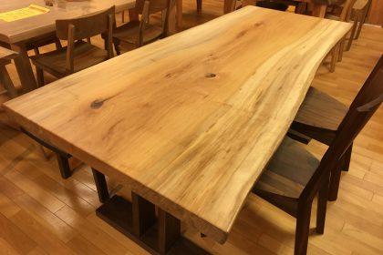 ヨーロピアンメープル(シカモア) 一枚板テーブル