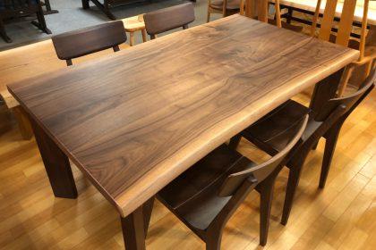 ブラックウォールナット 一枚板テーブル 飛騨の家具 木匠舘マイドゥ